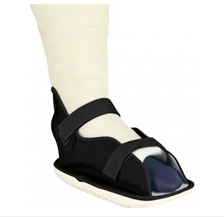 Image Of Cast Shoe ProCare Small Black Unisex