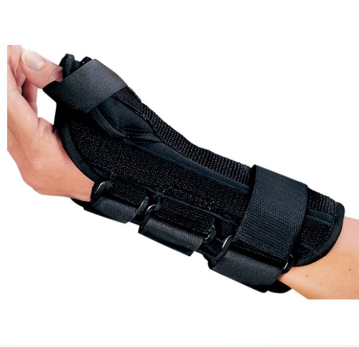 Image Of Wrist Splint PROCARE ComfortFORM With Abducted Thumb Foam / Lycra Right Hand Black Large